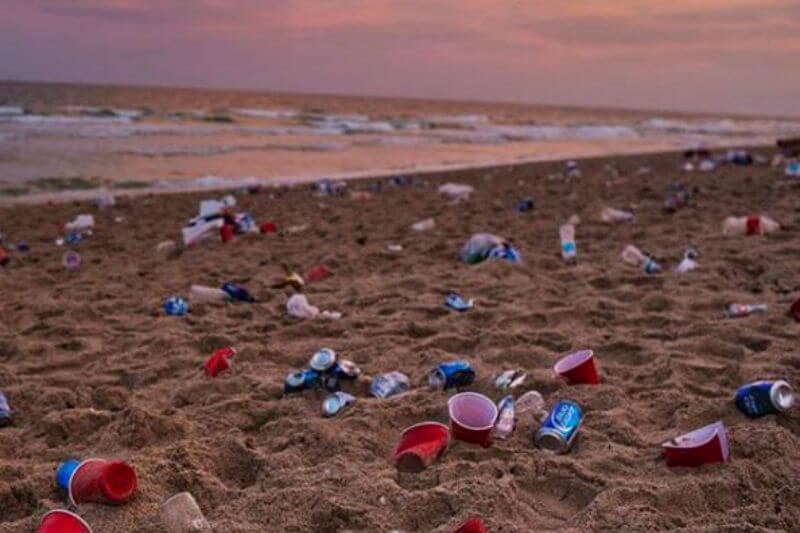 El líder en geografía y exploración inició una iniciativa global contra el uso del plástico, al cambiar el sobre que contiene su revista por uno de papel.