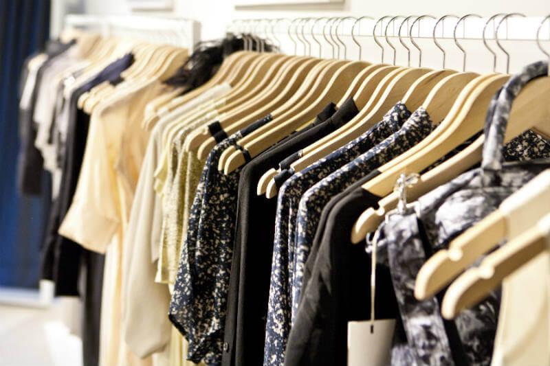 Marcas de ropa se inscribieron en la iniciativa Make Fashion Circular, que busca reducir el desperdicio de la moda reciclando materias primas y productos.