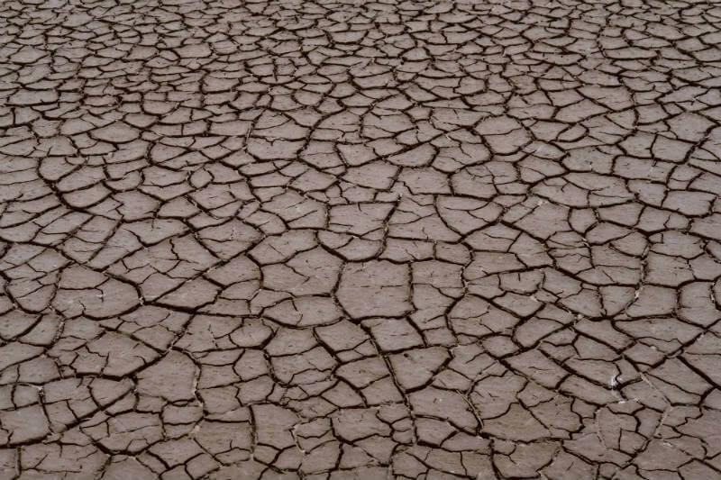 """""""Los recursos críticos de agua subterránea que representan el 40% del suministro de agua de la India se están agotando a tasas insostenibles"""", según el NITI."""