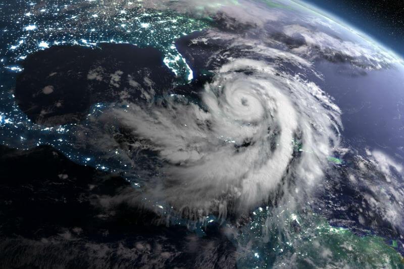 Estudio muestra que las tormentas se quedan en un lugar más tiempo, al igual que el huracán Harvey el año pasado.