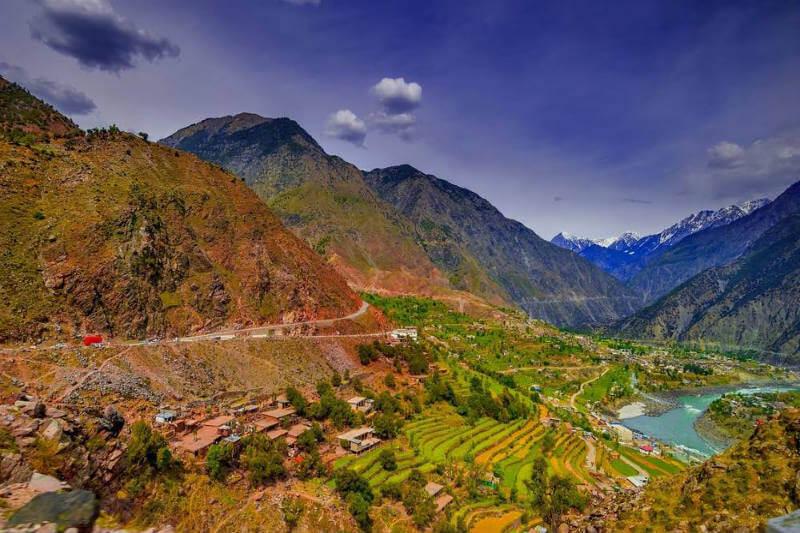 Gracias a un proyecto, en la región Khyber Pakhtunkhwa se plantaron 730 millones de árboles. Ahora el 5.2% de la superficie del país está cubierta de árboles.