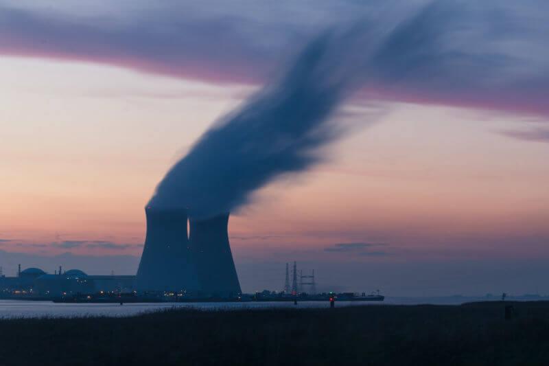 Por el aumento de la temperatura del agua, elemento clave para la producción de energía nuclear, reactores en Francia y Suecia han detenido su producción.