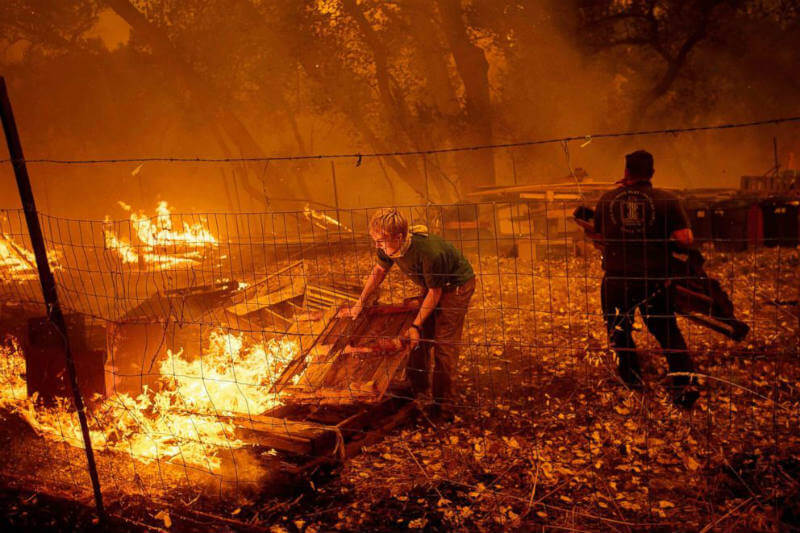 El incendio forestal Mendocino Complex se convirtió en el más grave en la historia del estado tras haber arrasado 114,850 hectáreas de terreno.
