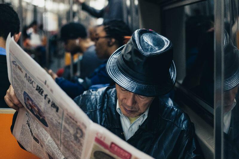 Adultos mayores expuestos a niveles altos de NO2 tuvieron un 40% más de riesgo de desarrollar demencia desde el inicio, que los con exposición baja (32%).