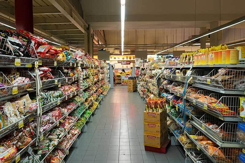 El nuevo etiquetado en el envasado de alimentos permitirá a los consumidores en Dinamarca ver el efecto de sus compras en el medio ambiente.