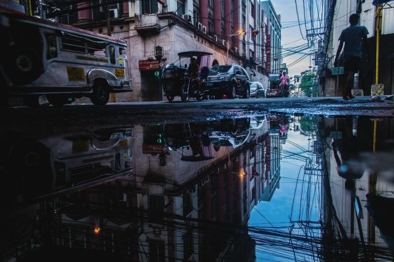 Residentes de las provincias de Isabela y Cagayán han comenzado a evacuar y tres provincias del norte de Luzón han visto sus alertas elevadas a nivel 3.