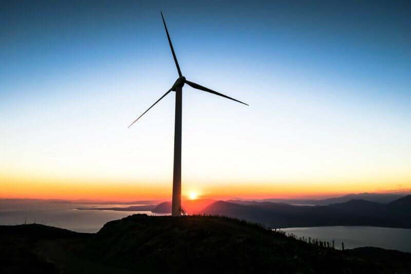 EDP Renovables y Repsol instalarán en aguas de Portugal un parque eólico flotante de 125 millones de euros y tendrá una potencia de 25 megavatios (MW).