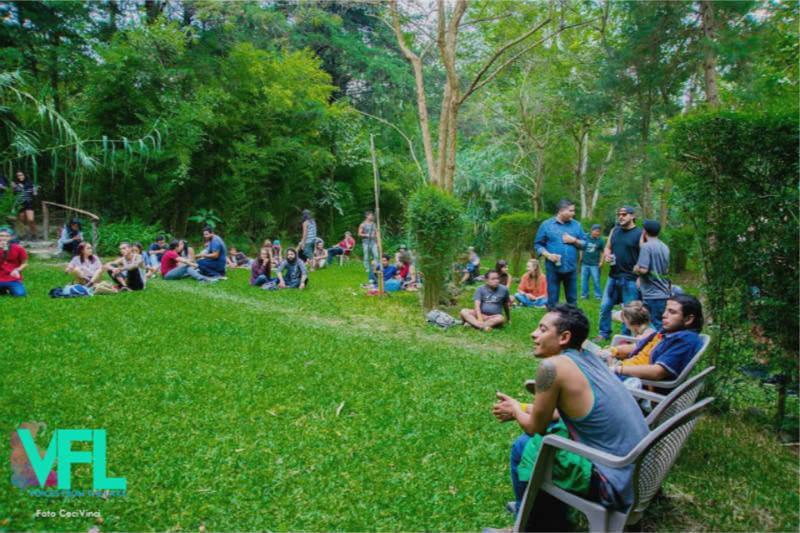 En la Reserva Natural de Atitlán se vive una experiencia única para crear conciencia ecológica a través de la música, arte y diversidad de actividades.
