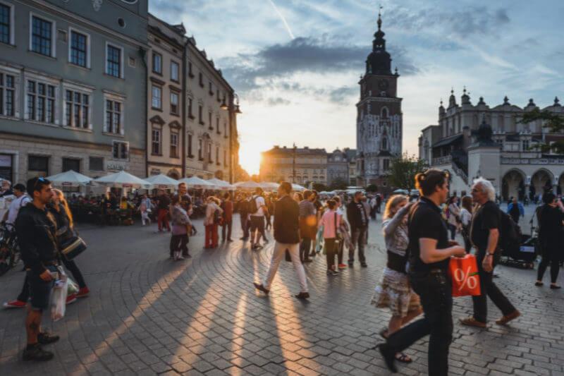 El BEI realizó una encuesta que evaluó la percepción de los ciudadanos de la Unión Europea, Estados Unidos y China sobre el calentamiento global.