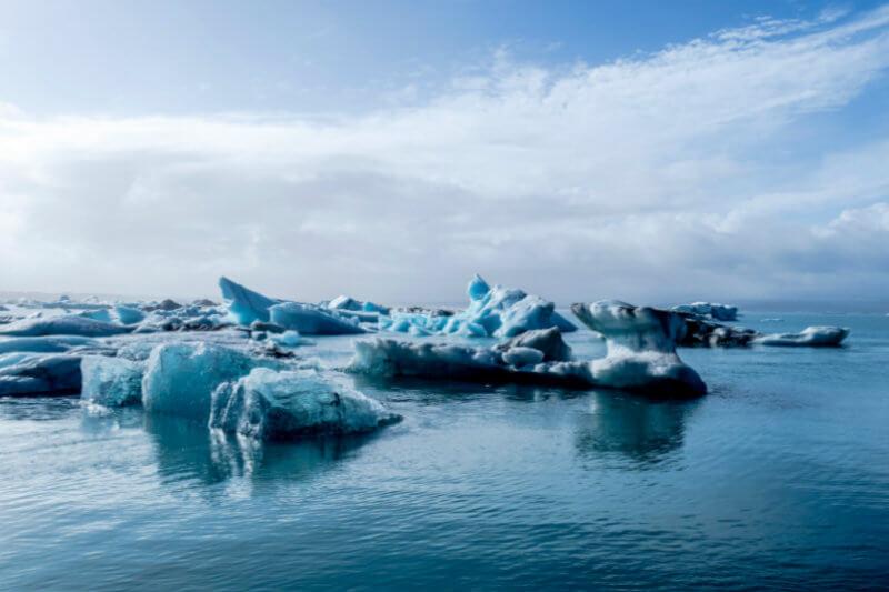 La temperatura del aire superficial en la zona próxima al Polo Norte aumenta a un ritmo el doble de rápido de la media mundial.