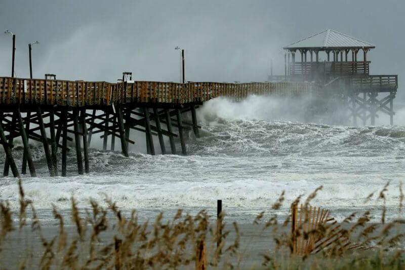 Según Christian Aid, solo los huracanes de categoría cuatro, causaron daños estimados de $17,000 millones y $15,000 millones.