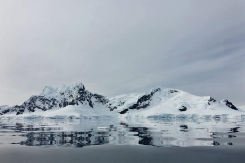 Análisis demuestra que la Antártida ha perdido casi 278,000 millones de toneladas de hielo por año. En comparación con 1980, con 44,000 millones de toneladas.