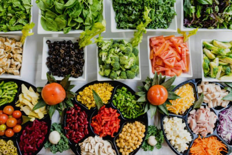 """Si se siguiera la dieta de """"Salud Planetaria"""", se podrían prevenir más de 11 millones de muertes prematuras cada año y reducir las emisiones contaminantes."""