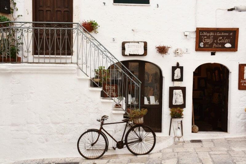 La iniciativa, puesta en marcha en la ciudad italiana de Bari, premia a las personas que van a trabajar en bicicleta: hasta 20 céntimos por kilómetro.