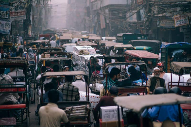 El gobierno publicó un plan a cinco años para reducir entre un 20% y un 30% la contaminación del aire en las 102 ciudades más afectadas en el país para 2024.