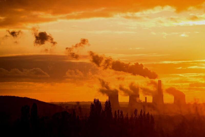 En mayo, la compañía apoyará la resolución del grupo de inversionistas Climate Action 100+ para alinear sus objetivos con el Acuerdo de París.