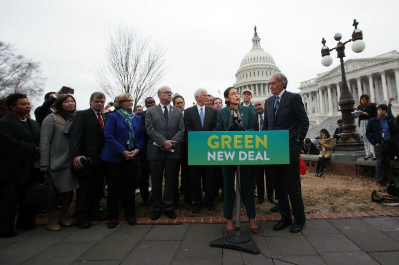 Plan marca el primer intento formal de definir una legislación para crear grandes inversiones lideradas por el gobierno en energía limpia e infraestructura.