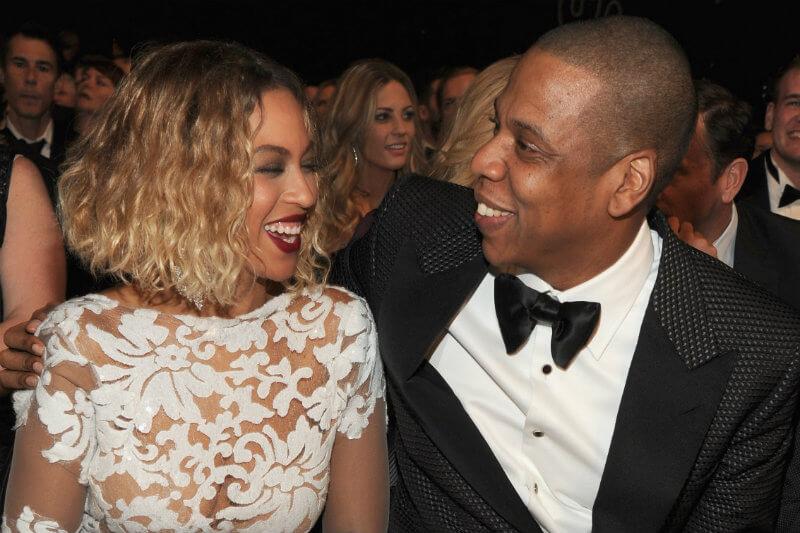 Un fan recibirá un par de entradas para una gira de conciertos oficial de Beyoncé y/o Jay-Z durante los próximos 30 años, si se vuelve vegano por un mes.