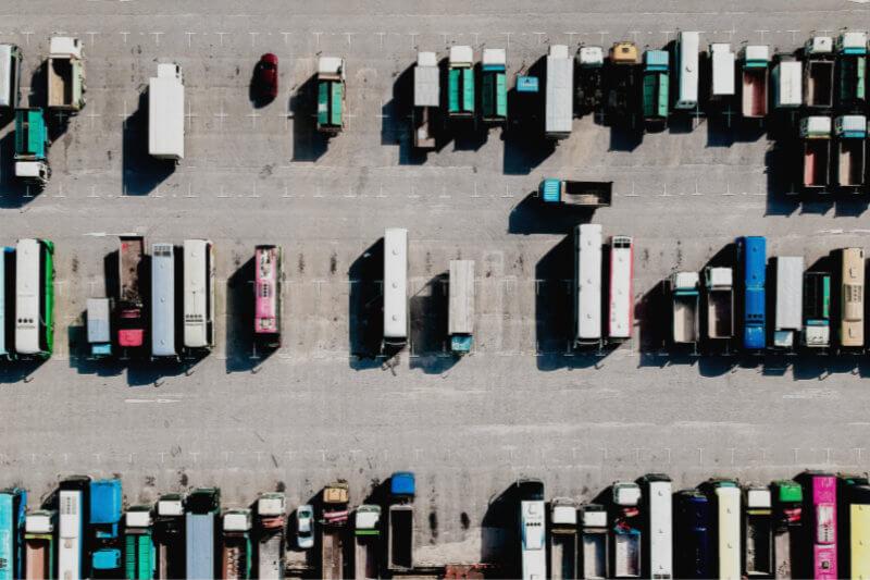 La UE limitará un 30% las emisiones de los camiones en 2030, en virtud de un acuerdo entre la Comisión Europea, el Consejo y la Eurocámara.