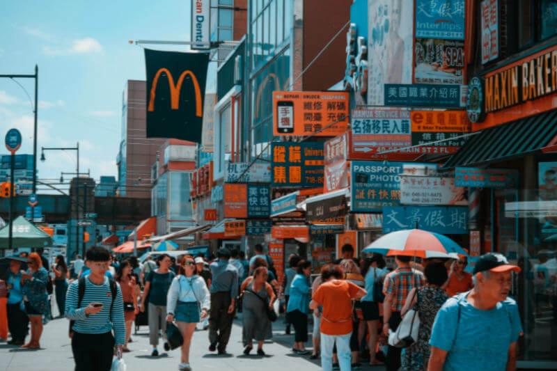 80 inversionistas han invitado a 6 de los restaurantes de comida rápida más grandes del mundo a reducir sus emisiones GEI y mejorar el uso del agua.