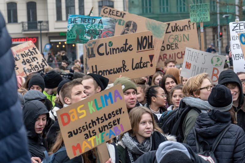 Debido al movimiento estudiantil contra el cambio climático y protección ambiental, aproximadamente 500 huelgas se llevarán a cabo en 51 países ese día.