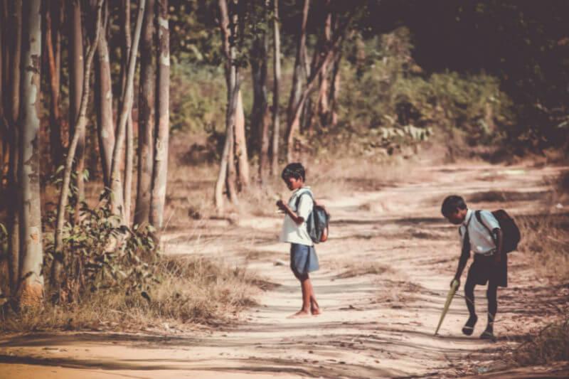 Informe alerta de la situación precaria en la que viven los niños refugiados rohinyás a causa de desastres derivados del cambio climático y lo que les espera.