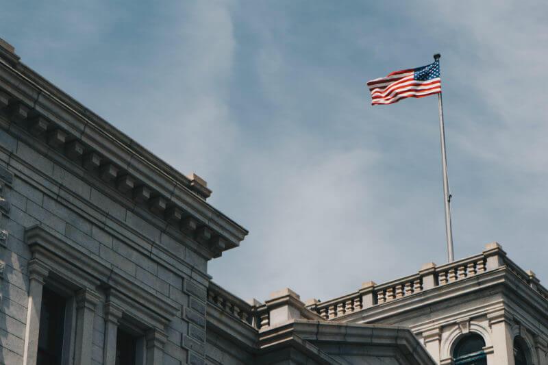 Después de ser disuelto, el nuevo comité estadounidense publicó un informe y recomendaciones para ayudar a líderes y políticos a afrontar el cambio climático.
