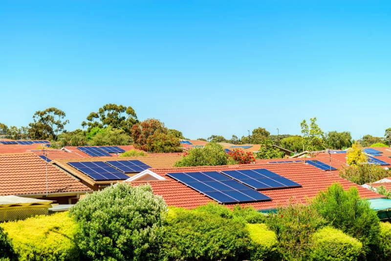 El impacto de lograr el objetivo de electricidad renovable hará que la energía de gas y carbón sean menos competitivas.