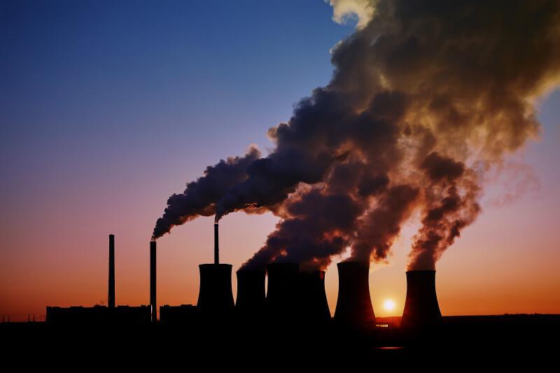 La iniciativa presionará para cerrar alrededor de 250 centrales eléctricas de carbón.