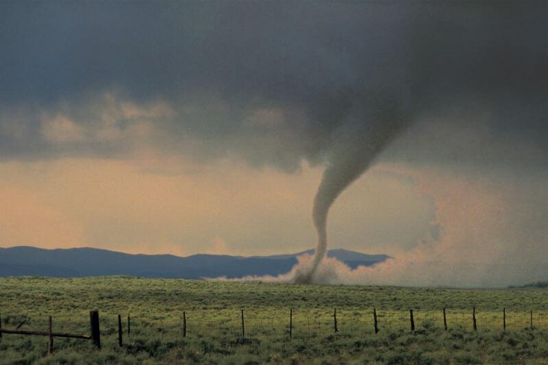 Dado que el calentamiento global puede hacer que otros tipos de clima extremo sean más probables ¿podría estar detrás de estos tornados mortales?
