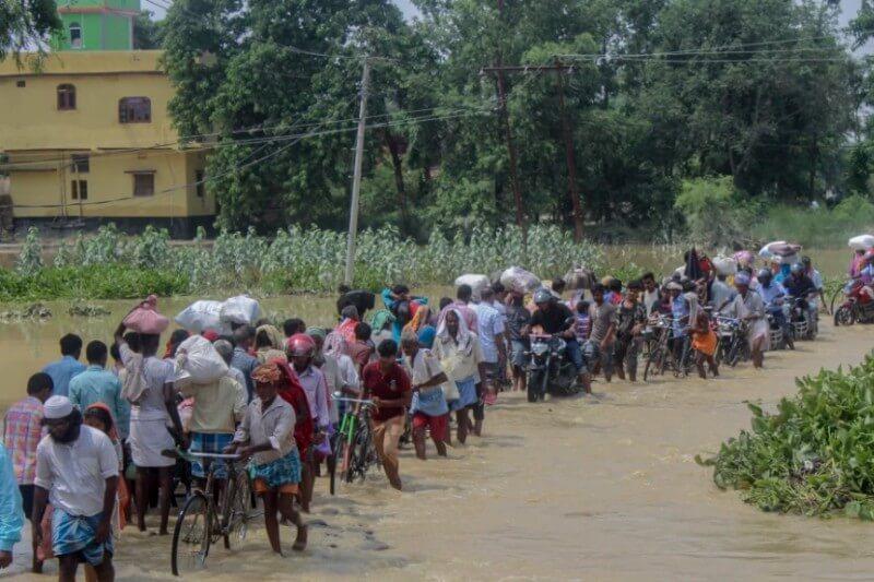 Millones de personas han sido desplazadas en India, Nepal y Bangladesh, con Assam y Bihar entre las regiones más afectadas.