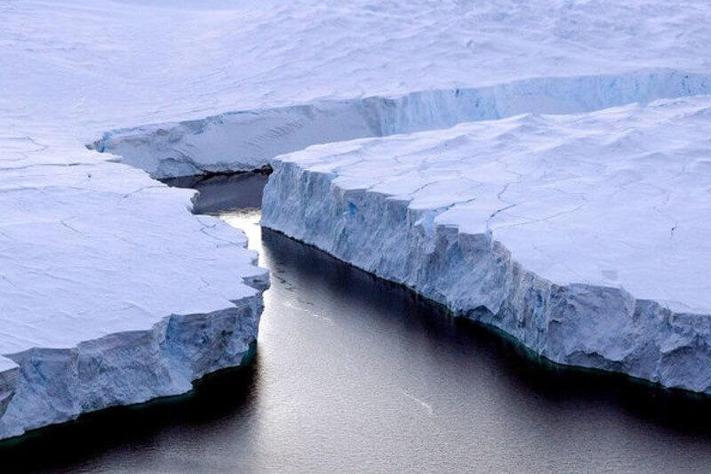 Un estudio sugiere que es probable que el glaciar Thwaites se derrita y provoque un aumento de 50 cm en el nivel del mar.