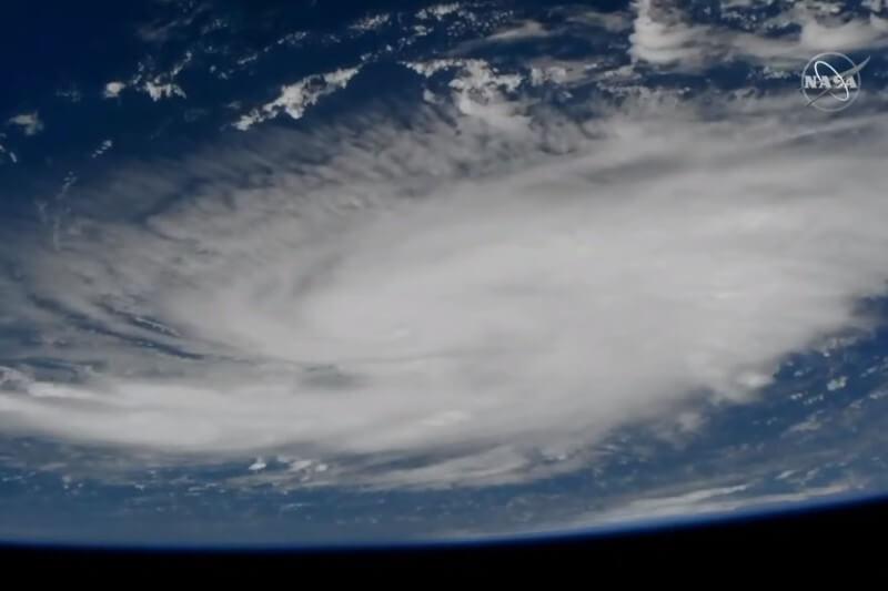 Se pronostica que la tormenta se convierta peligrosamente en categoría 4 durante el fin de semana antes de golpear la costa atlántica de Florida.