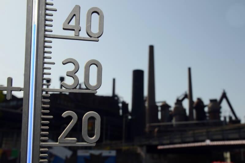 julio fue alrededor de 0.56°C más cálido que la temperatura promedio mundial entre 1981-2010.
