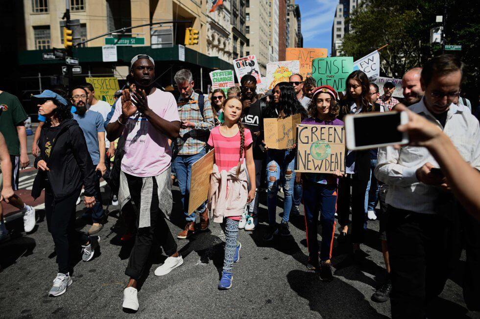 Niños, jóvenes y adultos de todas partes del mundo se han unido en la protesta masiva en contra de la crisis climática.