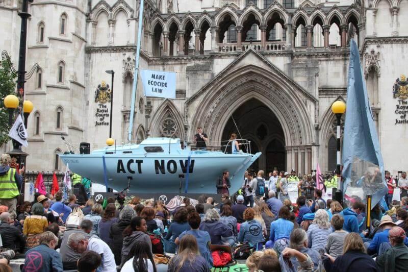 La Policía Metropolitana de Londres había levantado una demanda con el tribunal superior, acusando las protestas pacíficas de ilegales en octubre.