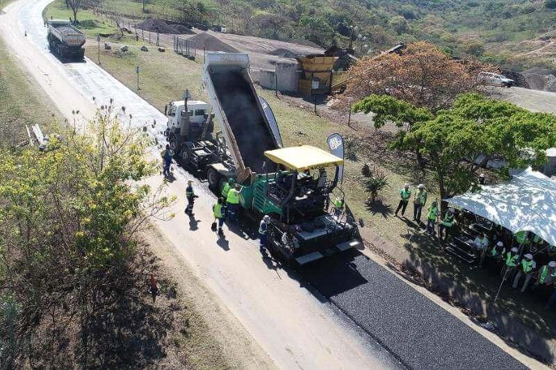 El asfalto es equivalente de casi 40 mil botellas de dos litros