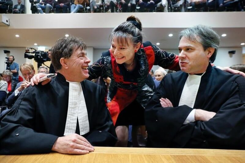 El fallo, que supone una gran victoria para la ONG, Urgenda, que emprendió la batalla legal, es un hito mundial.