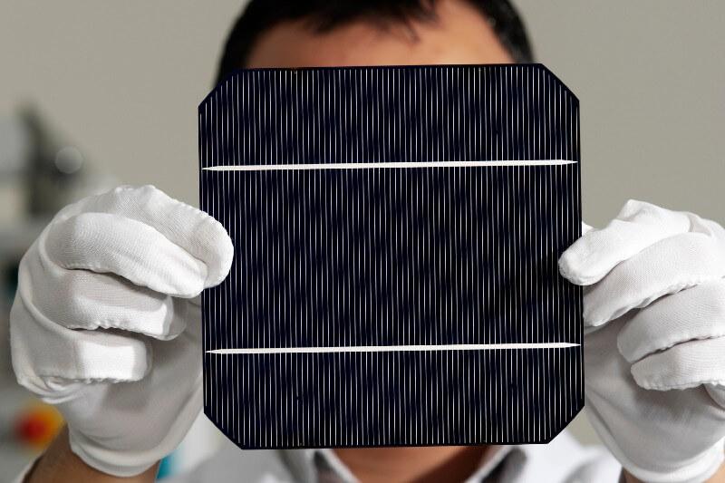Científicos suecos han desarrollado un fluido específico, llamado combustible solar térmico, que puede almacenar la energía del sol durante más de una década.