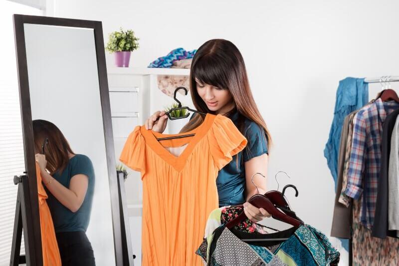 La industria de la moda tiene un secreto sucio: es responsable del 8-10% de todas las emisiones globales de carbono.