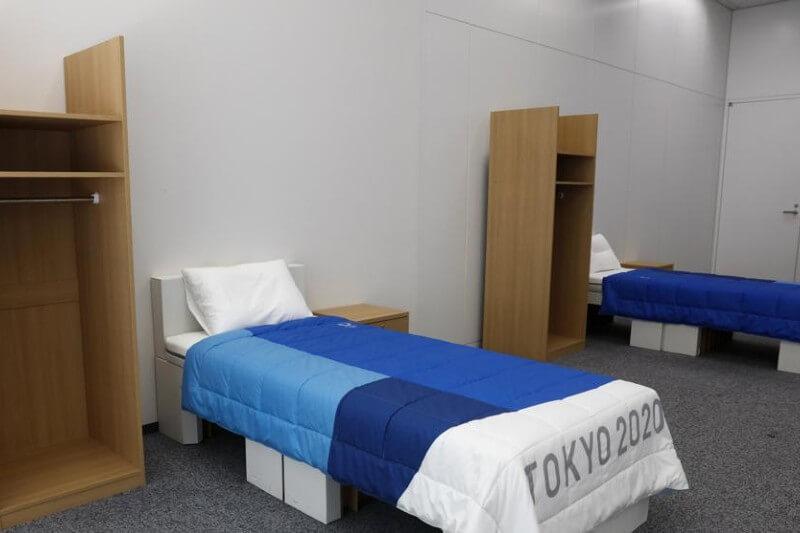 Los organizadores instalarán 18,000 camas individuales que soportan pesos de hasta 200 kilos y que podrán ser recicladas una vez terminen las olimpiadas.