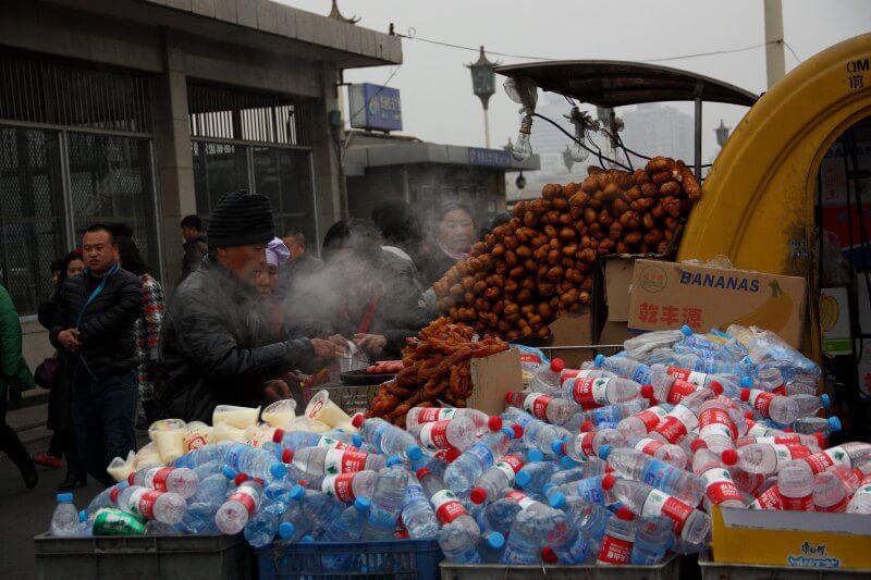 China ha sufrido durante años para lidiar con los desperdicios producidos por sus 1,368 millones de habitantes.
