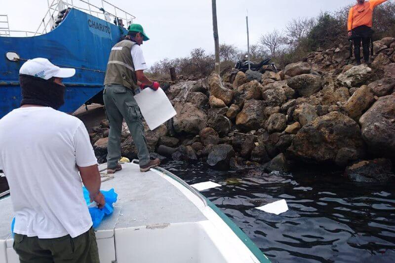 La emergencia ambiental se debe al hundimiento de un barco con 600 galones de combustible