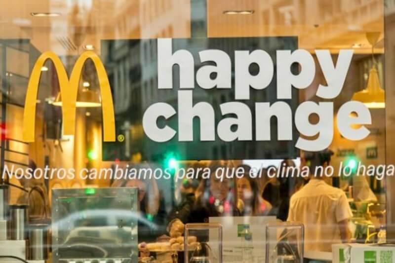 McDonald's instalará puntos de recarga para autos eléctricos en sus restaurantes.