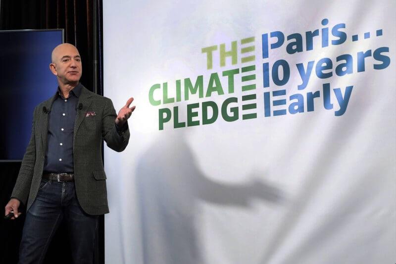 Jeff Bezos anunció el lunes un nuevo fondo para respaldar a científicos, activistas y organizaciones