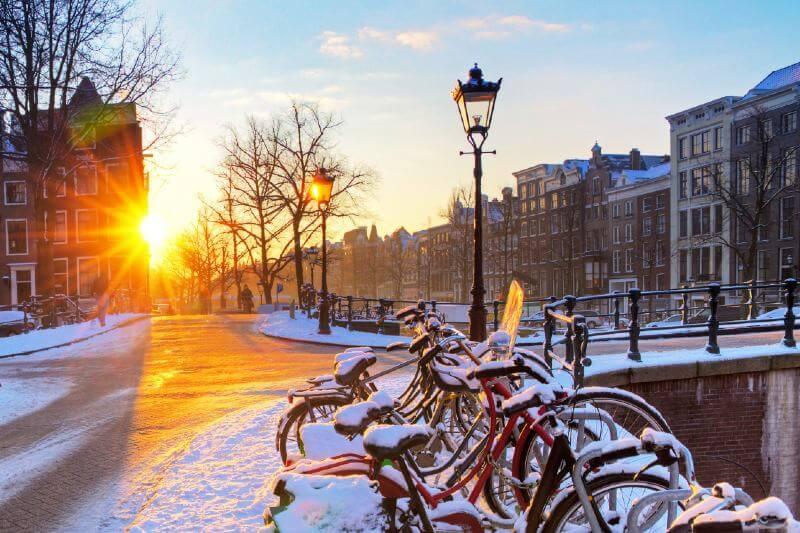 En los últimos 50 años, la aparición de días extremadamente fríos ha disminuido en toda Europa y Rusia.