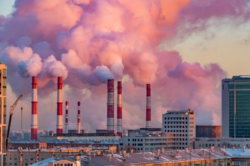 Los altos índices de gases de efecto invernadero antropogénicos en el aire que respiramos, facilitan el transporte de virus y bacterias.
