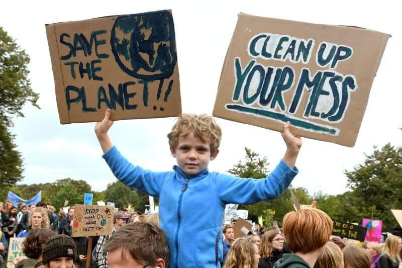 Uno de cada cinco niños tienen pesadillas sobre el cambio climático.- Foto por Piroschka van de Wouw/Reuters