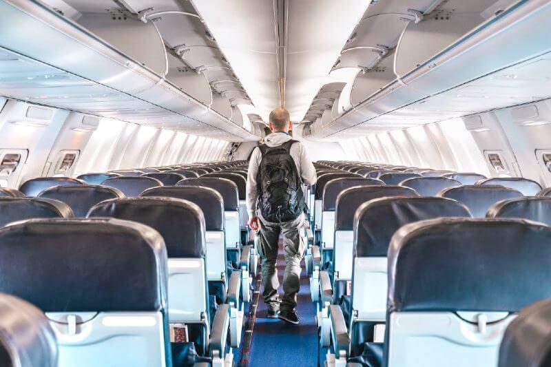 Desperdicio ambienta, aerolíneas envían aviones casi vacíos