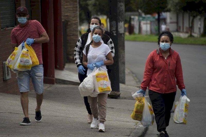 Laboratorio de ideas de EE.UU. tergiversan estudios recientes para defender las bolsas de plástico, según denuncia Greenpeace.